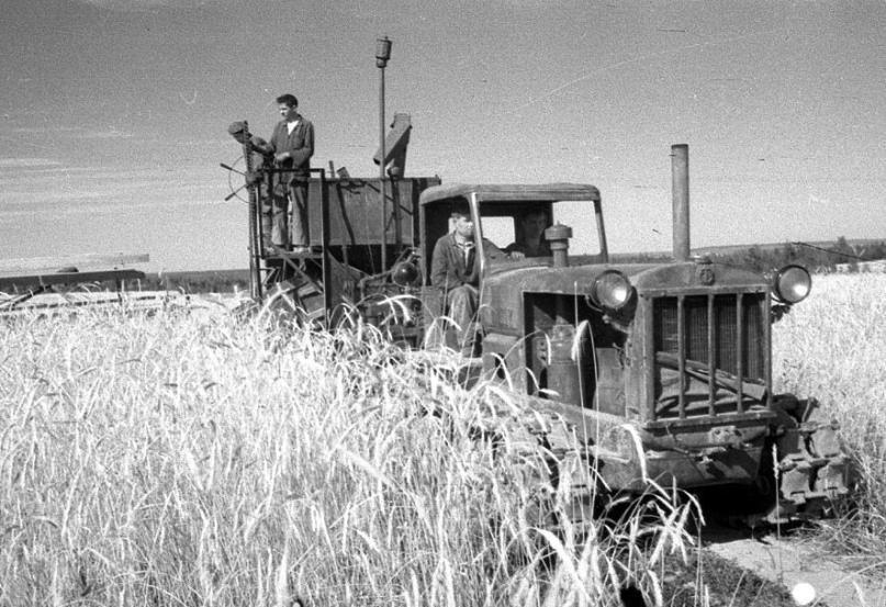 17 июня 1944 год – Возрожденный СТЗ выпустил первый трактор