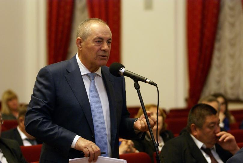 Раскол в областной думе: депутаты – коммунисты официально осудили коллегу Набиева за фразу о пенсионерах-алкоголиках и тунеядцах