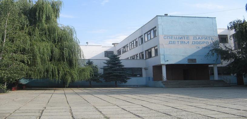Эвакуация в школе Волгограда: выведены все ученики и преподаватели