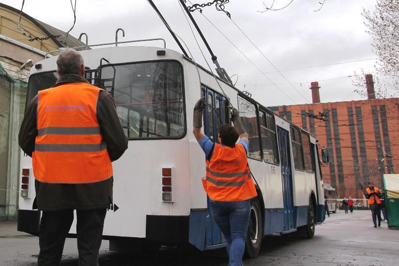 Власти планируют нехватку врачей и водителей троллейбусов в Волгограде