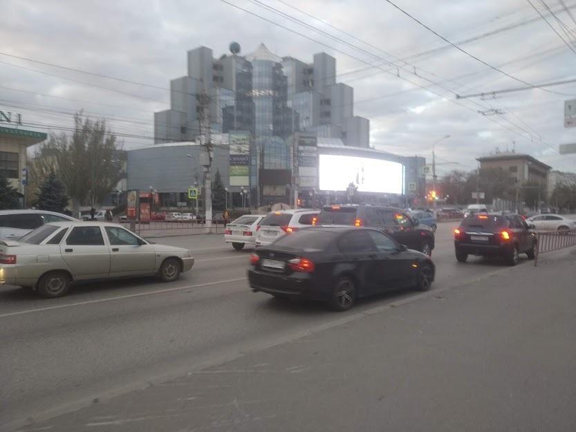 Волгоградец предложил снизить скорость езды по городу до 50 км/ч