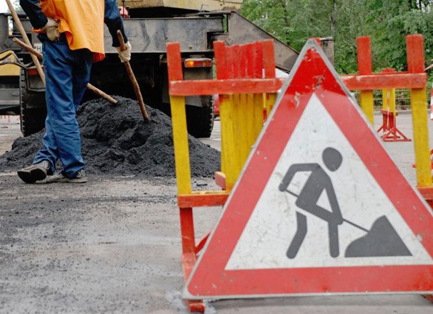 Ворошиловский район Волгограда встал в пробку из-за дорожных работ