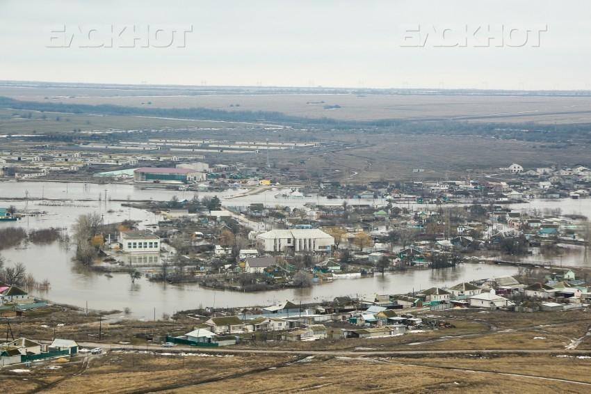 Четыре поселка Волгоградской области ждут возвращения рек в берега