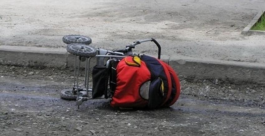 Коляску с8-месячной девочкой протаранила автоледи наВАЗ под Волгоградом