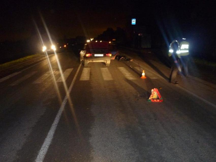 ВКемерово шофёр «Фольксвагена» сбил пешехода иврезался вдерево