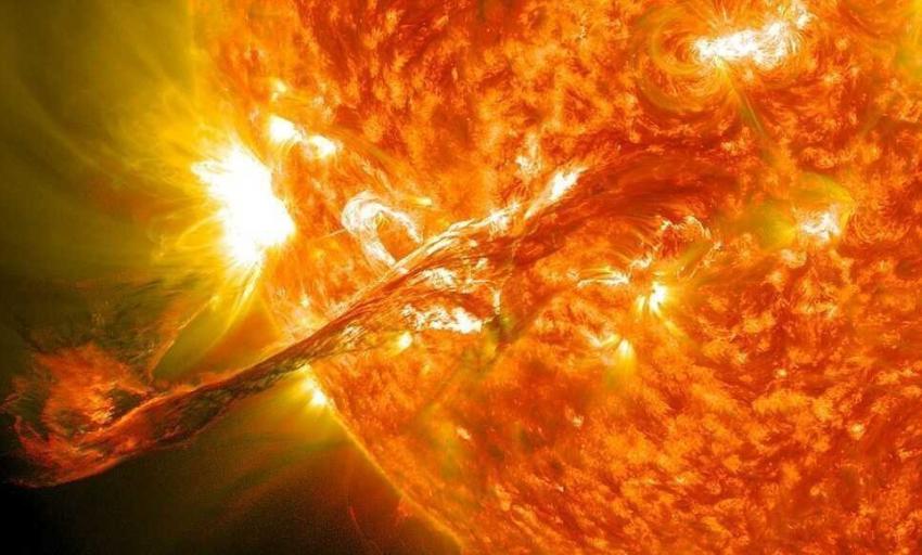 Из-за мощной солнечной бури Земля погрузится в темноту на 2 недели