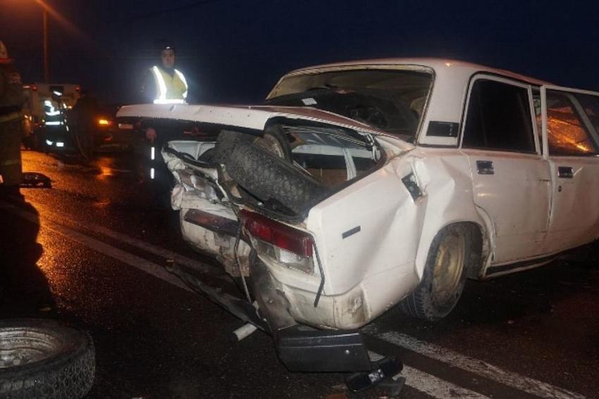 Натрассе Волгоград-Сальск вДТП умер 78-летний шофёр