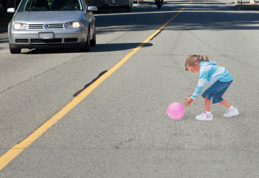 ВоФролово 8-летняя девочка врезалась вдвижущийся Dodge