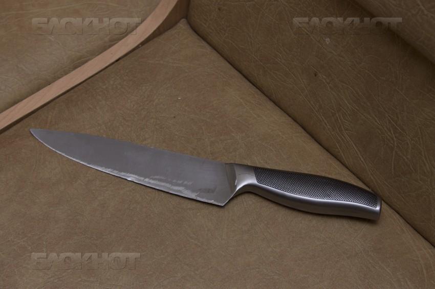 Мужчина заколол сына ножом в сердце под Волгоградом