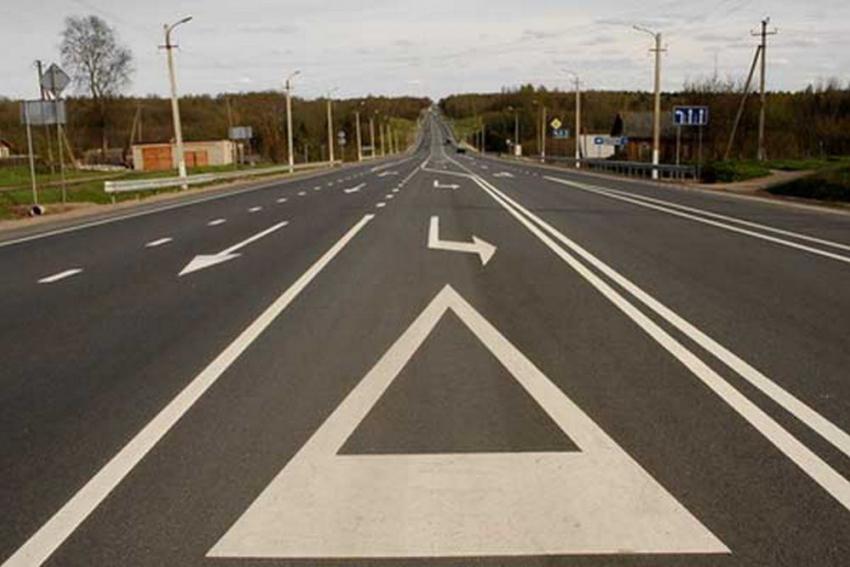 ВВолжском водители перерисовывают дорожную разметку
