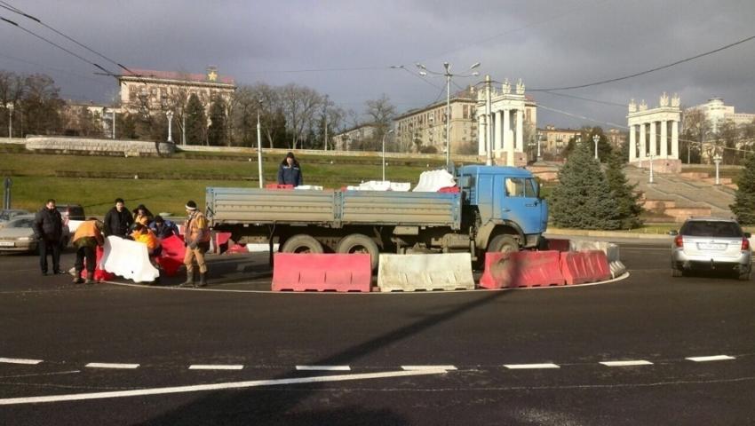 Нанабережной Волгограда ввели круговое движение