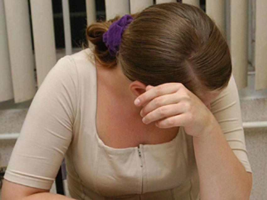 Уволгоградки отобрали 2-х дочерей, которых она била иморила голодом