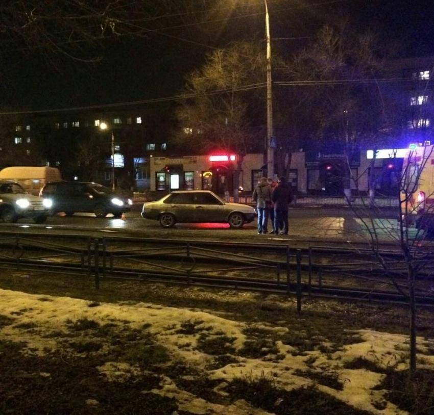 Наюге Волгограда шофёр наВАЗ-21099 сбил женщину-пешехода