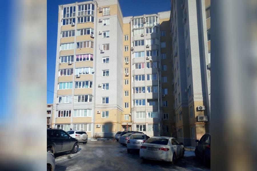 Из-за запаха газа жильцы увозят семьи из новостройки в Волгограде