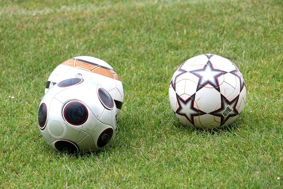 В Волжском откроют футбольное поле из пластиковых стаканов, оставшихся после ЧМ