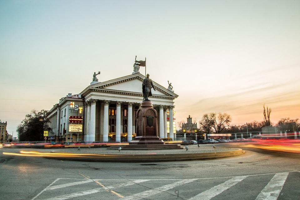 Волгоград попал в топ-25 самых агрессивных городов России
