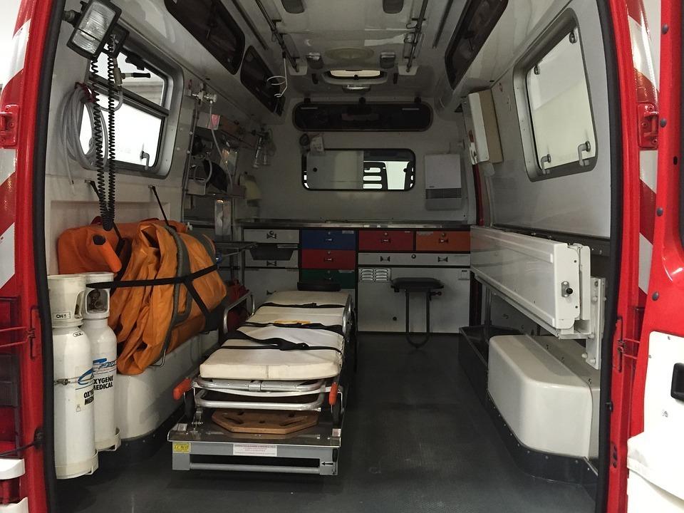 Пьяный лихач на Jaguar отправил в больницу Волжского мать и двух сыновей