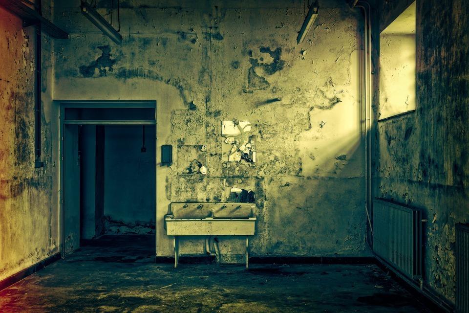 Тело мужчины обнаружили в заброшенной бане под Волгоградом
