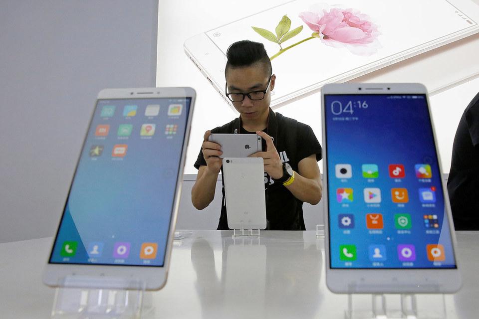 В центрах продаж и обслуживания «Ростелекома» стартовали продажи смартфонов Xiaomi