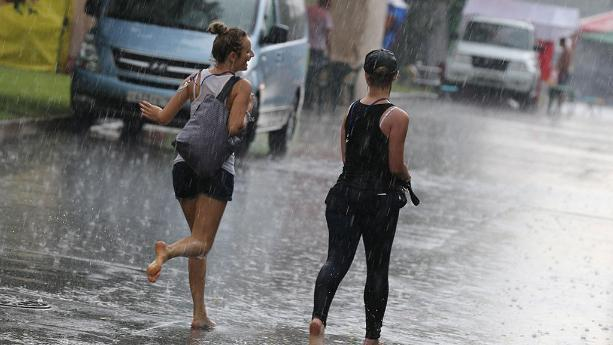 Волгоград опять накрыло дождем