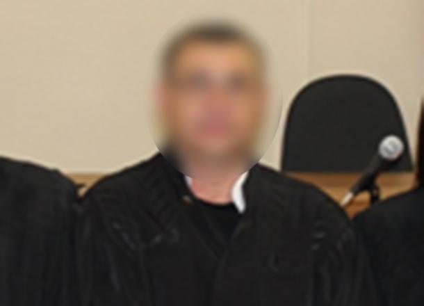 Жена мирового судьи избила любовницу мужа на его рабочем месте в Волгограде