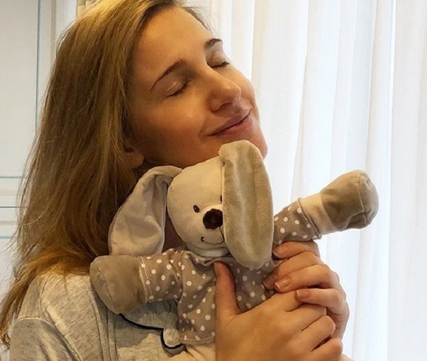Юлию Ковальчук обвинили в том, что она наживается на своем ребенке