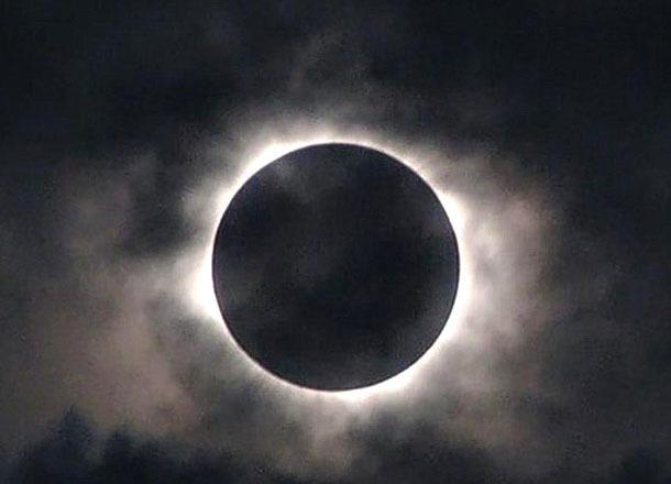 Агрессивными и нервными станут волгоградцы в день Лунного затмения