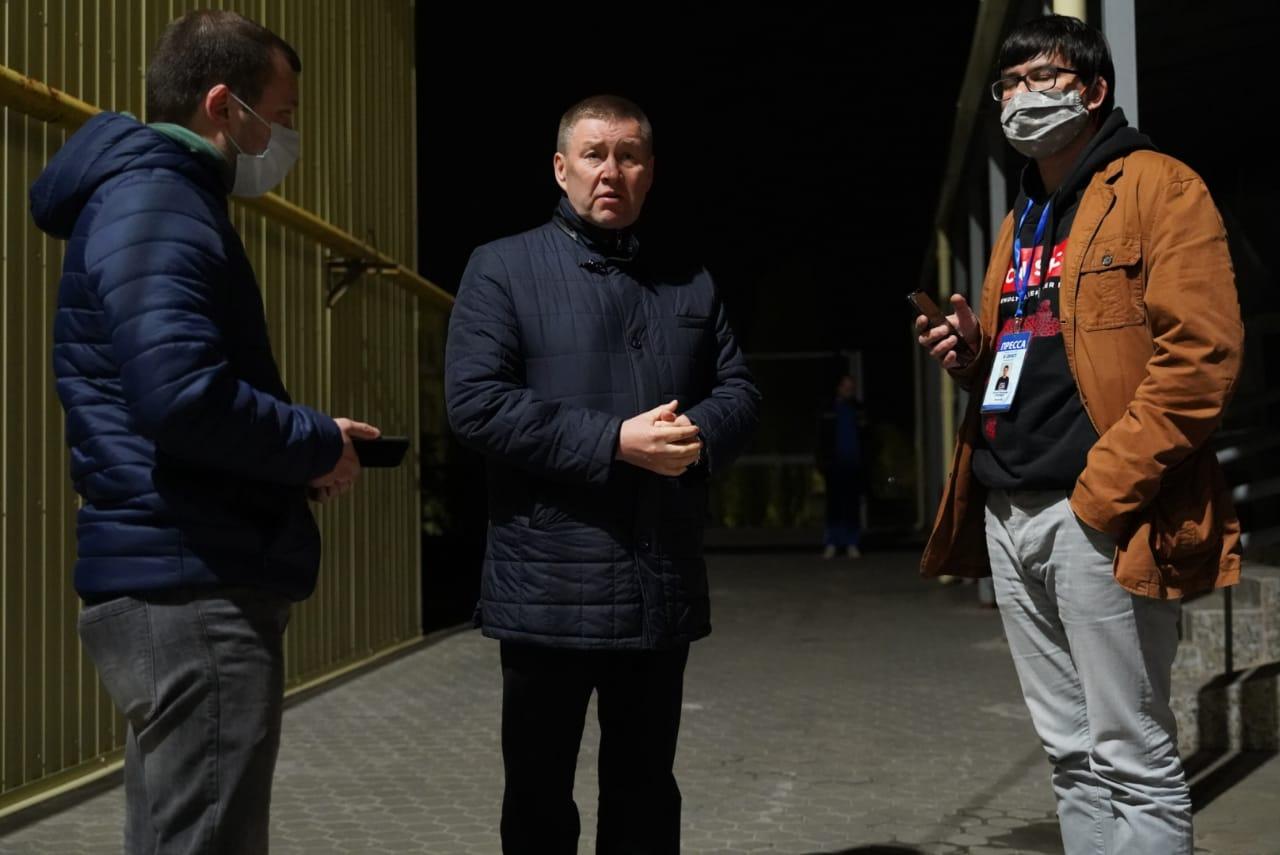 Глава спорткомитета области Александр Глинянов в слезах после трагического ДТП с 5 погибшими баскетболистками