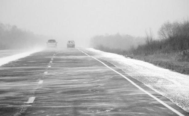 Росавтодор предупреждает о снеге с дождем на трассах Волгограда