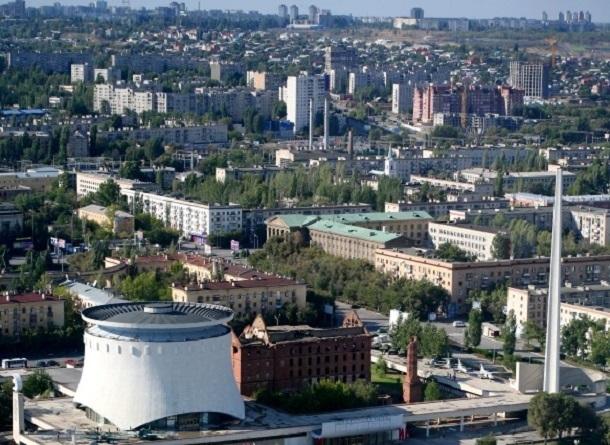 Половина линии скоростного трамвая остается затопленной в Волгограде