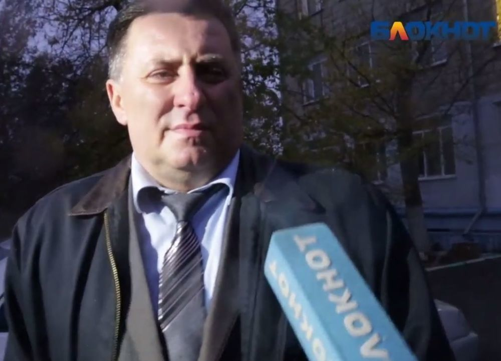 Из-за смерти 14-летнего ученика в школе проведут проверку чиновники Волгограда и области