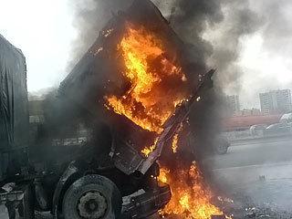 На трассе Волгоград-Сызрань горел автомобиль МАН