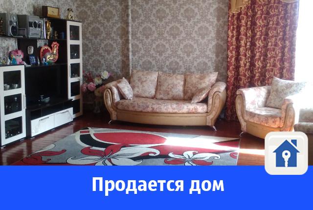 Продается большой двухэтажный дом в Волгограде