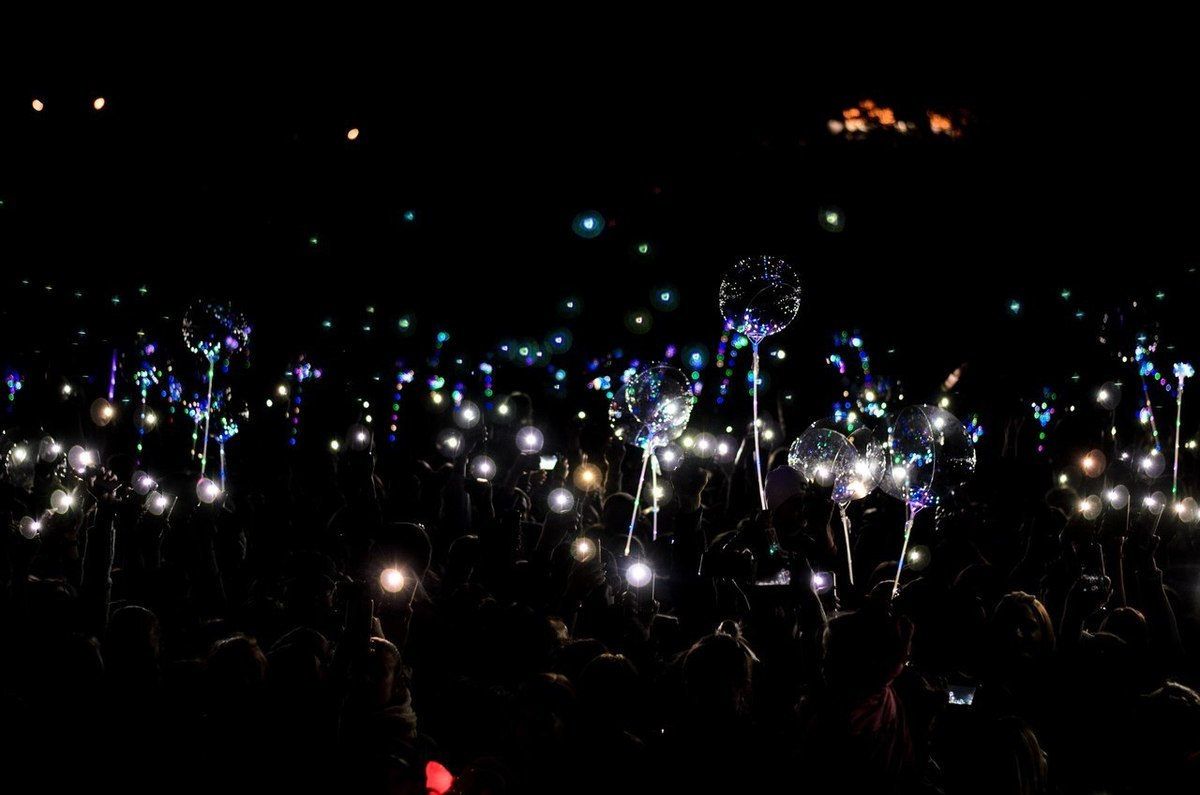 Сотни светящихся воздушных шаров взметнутся в небо над Волгоградом