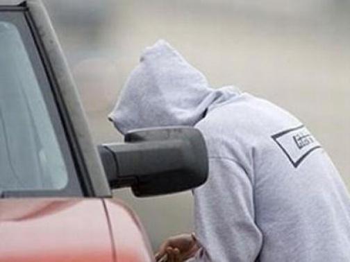 Под Волгоградом четверо подростков устроили ДТП на угнанном авто