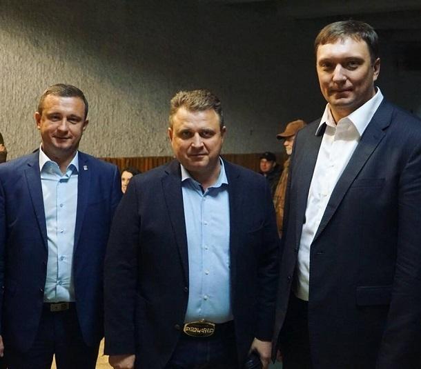 Сын советника волгоградского губернатора взял в руки ружьё