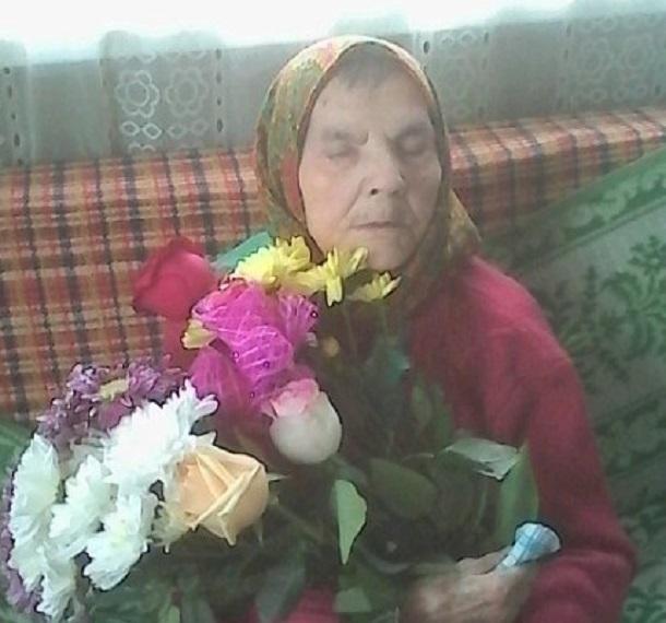 Волгоградские чиновники отказались провести 102-летней ветерану воду, но пообещали 1 тыс. рублей на 9 мая