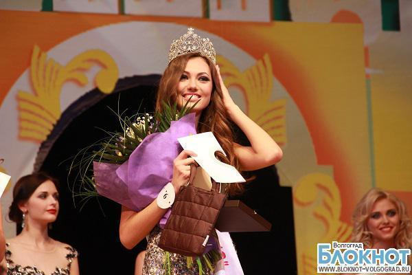 Выбери самую красивую девушку города в конкурсе «Краса Волгограда»