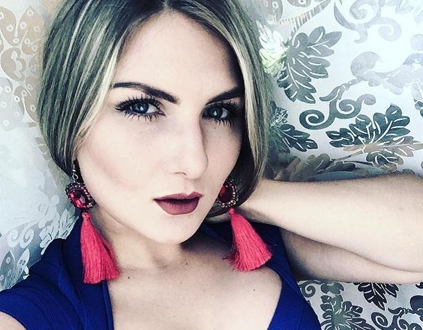 Я готова работать бесплатно, - волгоградская певица Александра Головченко