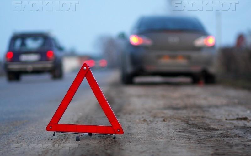 Мужчина погиб на ночной трассе под Волгоградом