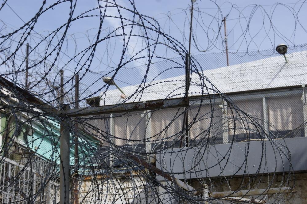 Бывший сотрудник СИЗО в Волгограде отправился в колонию на семь лет