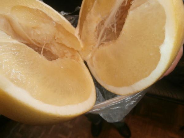 Фроловчанин пытался передать вколонию спирт, введя его шприцем взаморский фрукт