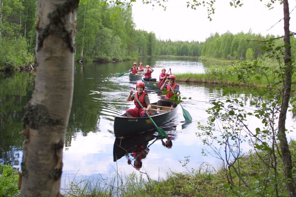 Canoeing in Jongunjoki river.jpg